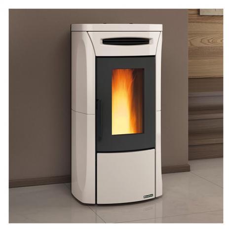 Utilisez nos granulés de bois 100% résineux français pour un chauffage au rendement énergétique maximum